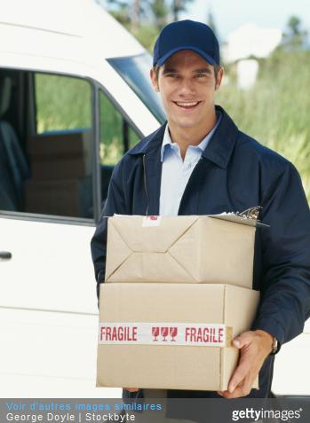 Acheminer un colis permet sa livraison au destinataire.